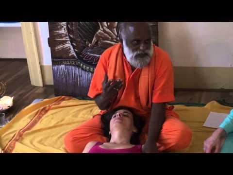 Getting Oil Body Massage - BEAR Massage