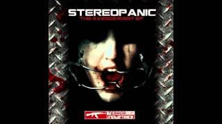 Stereopanic vs Alienn - The Avengement