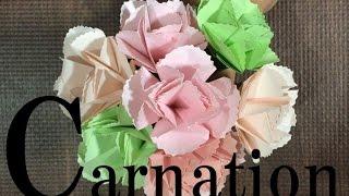 簡単なカーネーションの折り紙を4つ合わせて立体的な花にしてみました。...