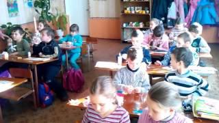 Урок трудового навчання 3 клас. Степанівський НВК 2015 р.