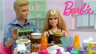 Barbie Smoothie challenge Barbie  oyuncak videosu