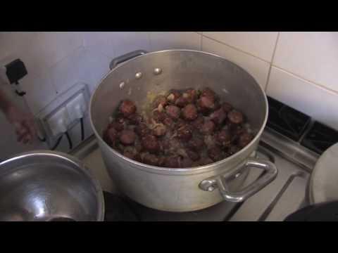 recette-du-rougail-de-saucisses-du-restaurant-le-paille-en-queue-à-verdun-(meuse)