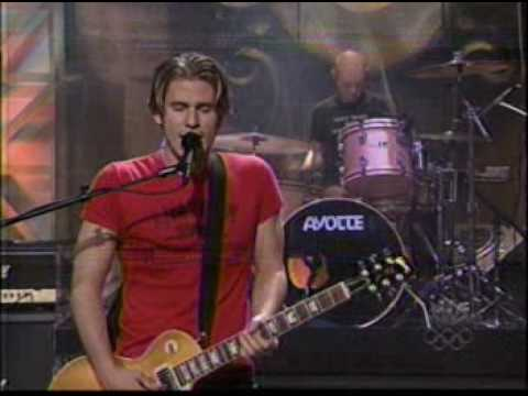 Lifehouse - Hanging By A Moment (Live On Leno)