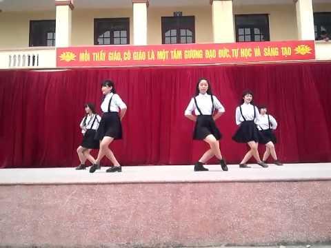Nhảy happy dance 12A1 thpt cát hải (...