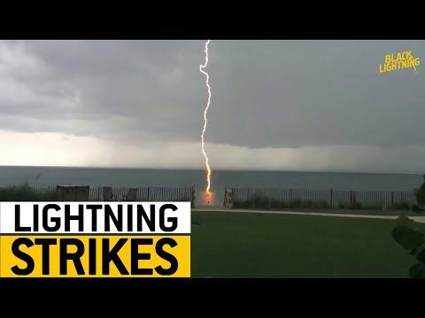 Unbelievable Lightning Strikes    JukinVideo