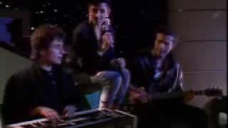 "Mecano ""Cruz de Navajas"" (video)"