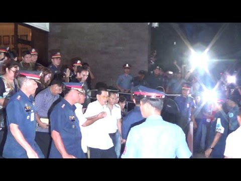Juan Ponce Enrile surrenders