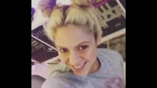 Shakira muestra una parte de su nueva canción