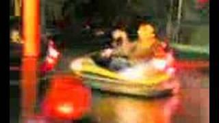 LA COPPIA DELL'AUTOSCONTRO Thumbnail