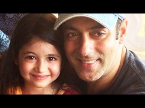 Harshaali Malhotra With Salman Khan