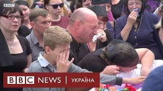 Сльози і гнів: застреленого 5-річного Кирила поховали