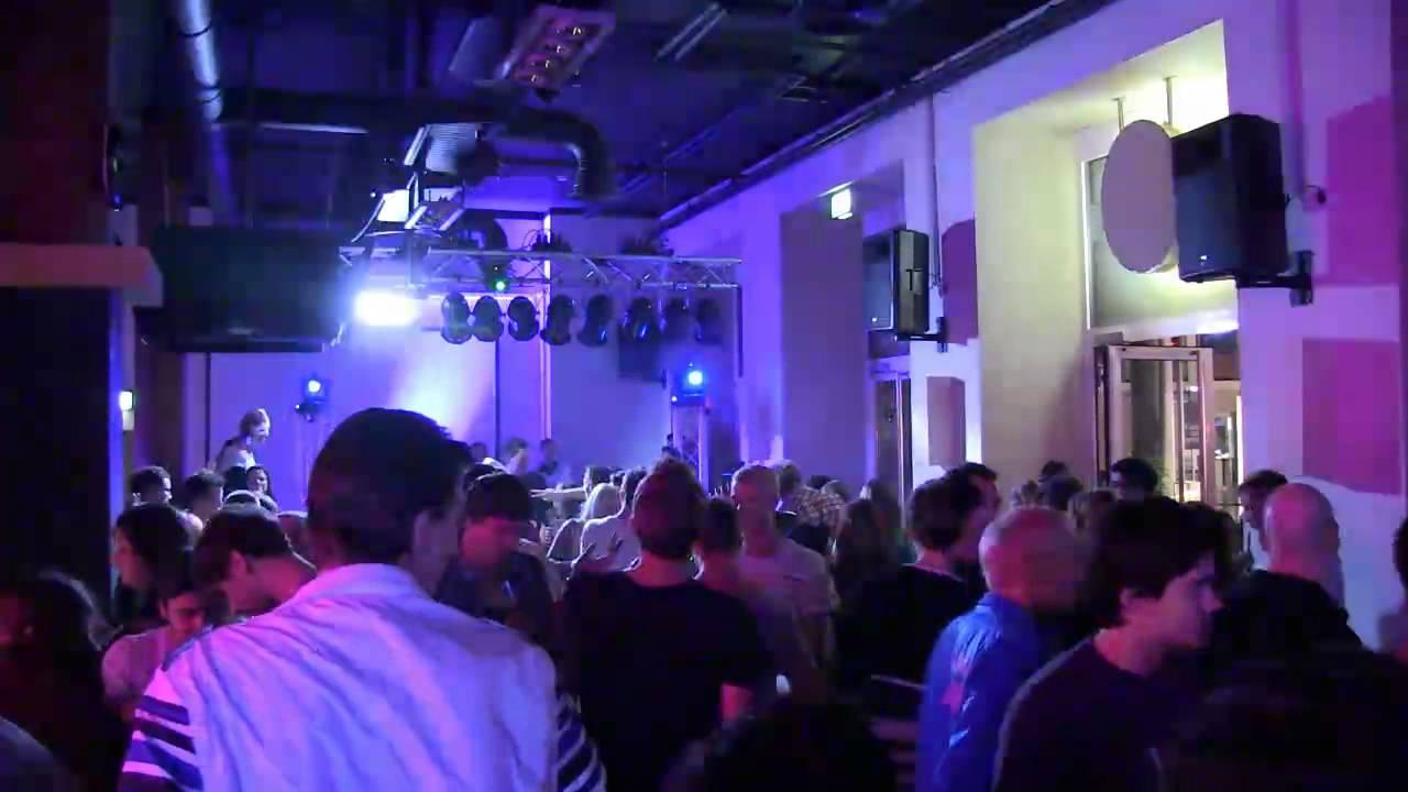 Klubhaus 1249 - Zirkus Elektronikus - YouTube