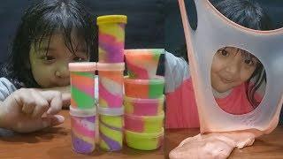 beli 10 slime harga 20 ribu di pedagang mainan gerobak