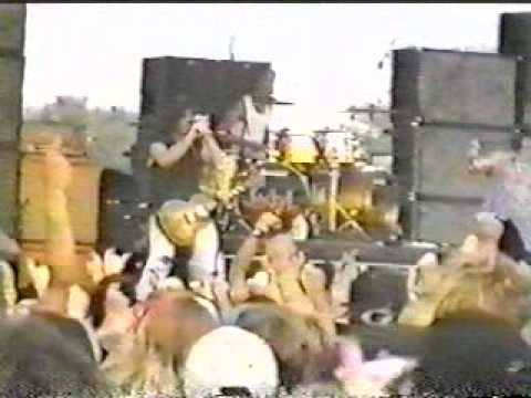 JACKYL with ACDC BRIAN JOHNSON  I STAND ALONE  1997  !