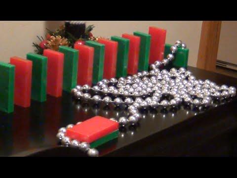 Merry Christmas! (Domino E-Card!)