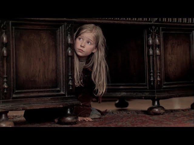 【宇哥】7岁女孩只身闯魔窟,救出多名被囚女孩,太酷了!《萨曼莎:一个美国女孩的假期》