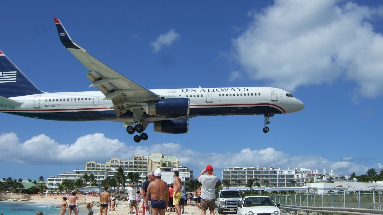 St Maarten Airport Live Cam Beach Live 24/7 Sunset Beach Bar Maho Beach