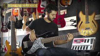 Download Line6 - Variax - modelo 705 MP3 song and Music Video