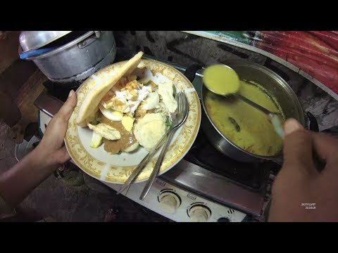Indonesia Cirebon Street Food 2176 Part.1 Chicken Hot Salad Gado2 Ayam YDXJ0286