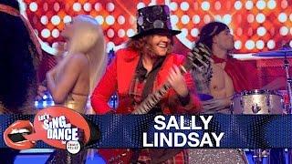 Sally Lindsay performs Slade