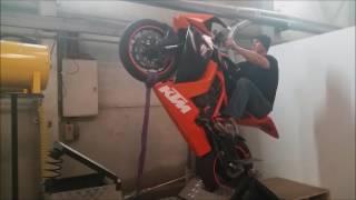 KTM RC8R Race Bike Wheelie(Adelaide Mono Maniacs)