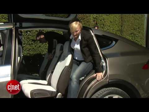 WOW Tesla Model X أروع سيارة في العالم 2012