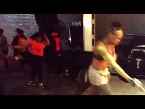 GWEN RO: Zumba with Jennifer Gibson GRo Fit Party 12015