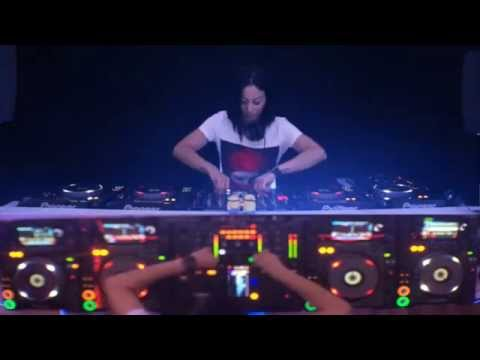 Dj VANESSA MORENO TECH HOUSE 2015 LİVE PERFORMANCE CDJ 2000 NEXUS 4 DECK