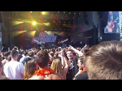 Royal Republic - Addictive (acoustic, live Aerodrome festival 2017)