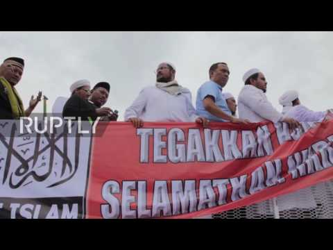Indonesia: Ten thousand Anti-Ahok protesters rally in Jakarta