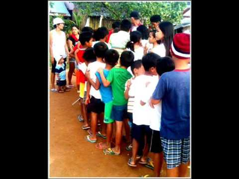 9) PHILIPPINES-MOBILE SOUP KITCHEN FEEDING HUNGRY KIDS  MERCEDES CAM.NORTE PHIL. BY GEN SAN ANDRES