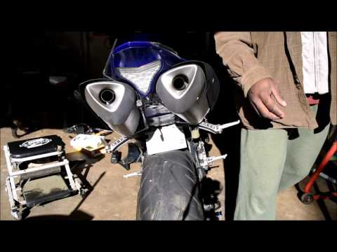 2010 Yamaha R1 fuEL PUMP TEST - YouTube