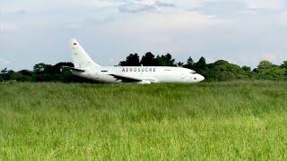 boeing 737 200 aerosucre despegando de yopal skyp