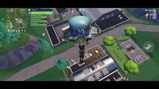 Fortnite Mobile (iOS GamePlay) - Inviter le code [1 À gauche]
