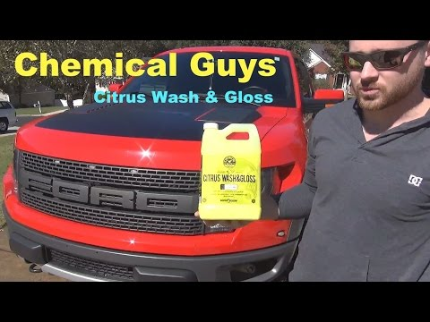 foaming-a-2014-ford-f150-raptor-with-chemical-guys-citrus-wash-and-gloss