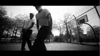 Nicone & G-Hot feat. Julian King - ein Leben /prod.GEE Futuristic