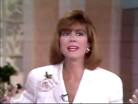 DANA CARVEY FILLS IN 1991, CHUCK NORRIS