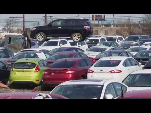 Погрузка контейнера и работа склада автомобилей в New Jersey   Авто из США