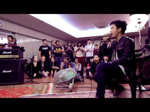 Stereocase - From Satellite (Stereocase Intimate Concert) Vid 8/10