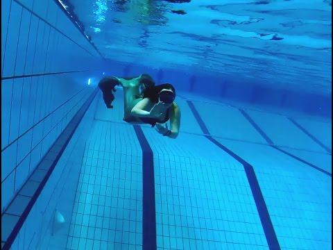 Swimming, Fun and Mermaid Kisses !