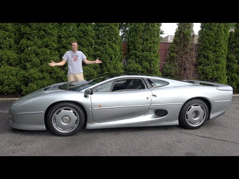 Here's Why the Jaguar XJ220 Is the Craziest 1990s Supercar