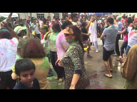 Celebrating Holi in Texas, USA | That Indian Guy