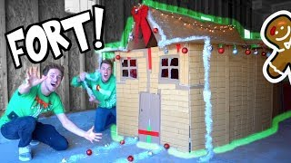 LIFE SIZE GINGERBREAD HOUSE FORT!