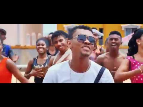 Dadi love   Ataoko sonia  [ Mozika Malagasy Milay]