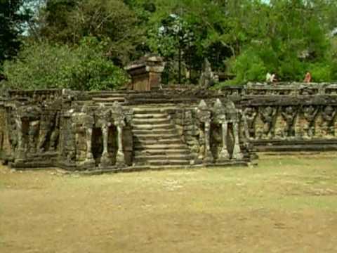 Terraza De Los Elefantes Angkor Camboya 01 03 2009 Youtube