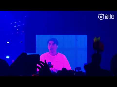 181215 Seungri - Strong Baby + Fantastic Baby @The Great Seungri Tour In Osaka Day 1