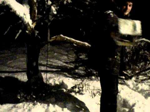lustige Panne kurz vor Weihnachten im Schnee
