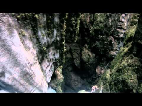Kačna jama (Snake Cave) Entrance