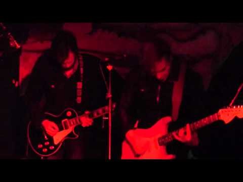 James and The Ultrasounds - Cash Saver Blues  live @ The Shacklewell Arms, London
