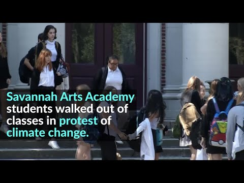 Savannah Arts Academy students state climate change protest
